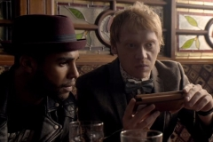 snatch-rupertgrint-bar-wallet