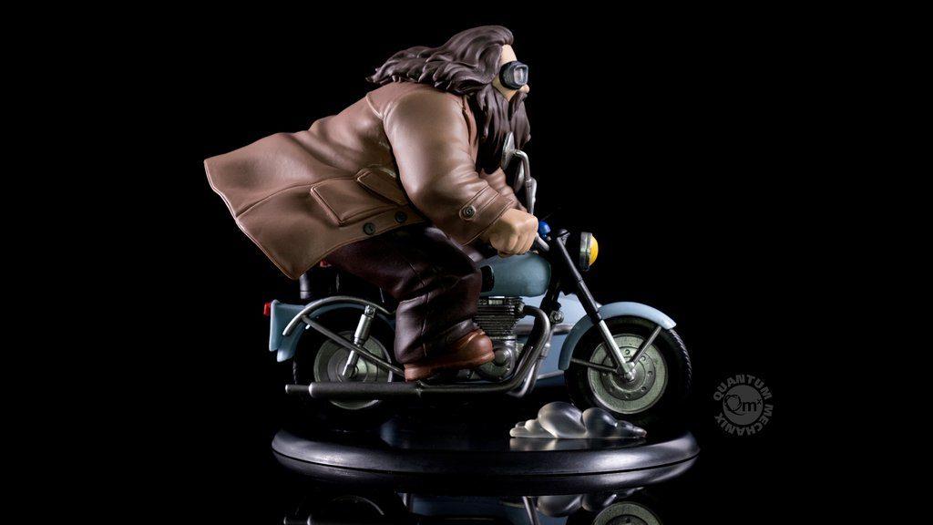 'Q-fig' - Hagrid & Harry inside the side-car